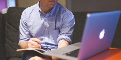 Zaciąganie pożyczki online